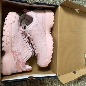 File shoes